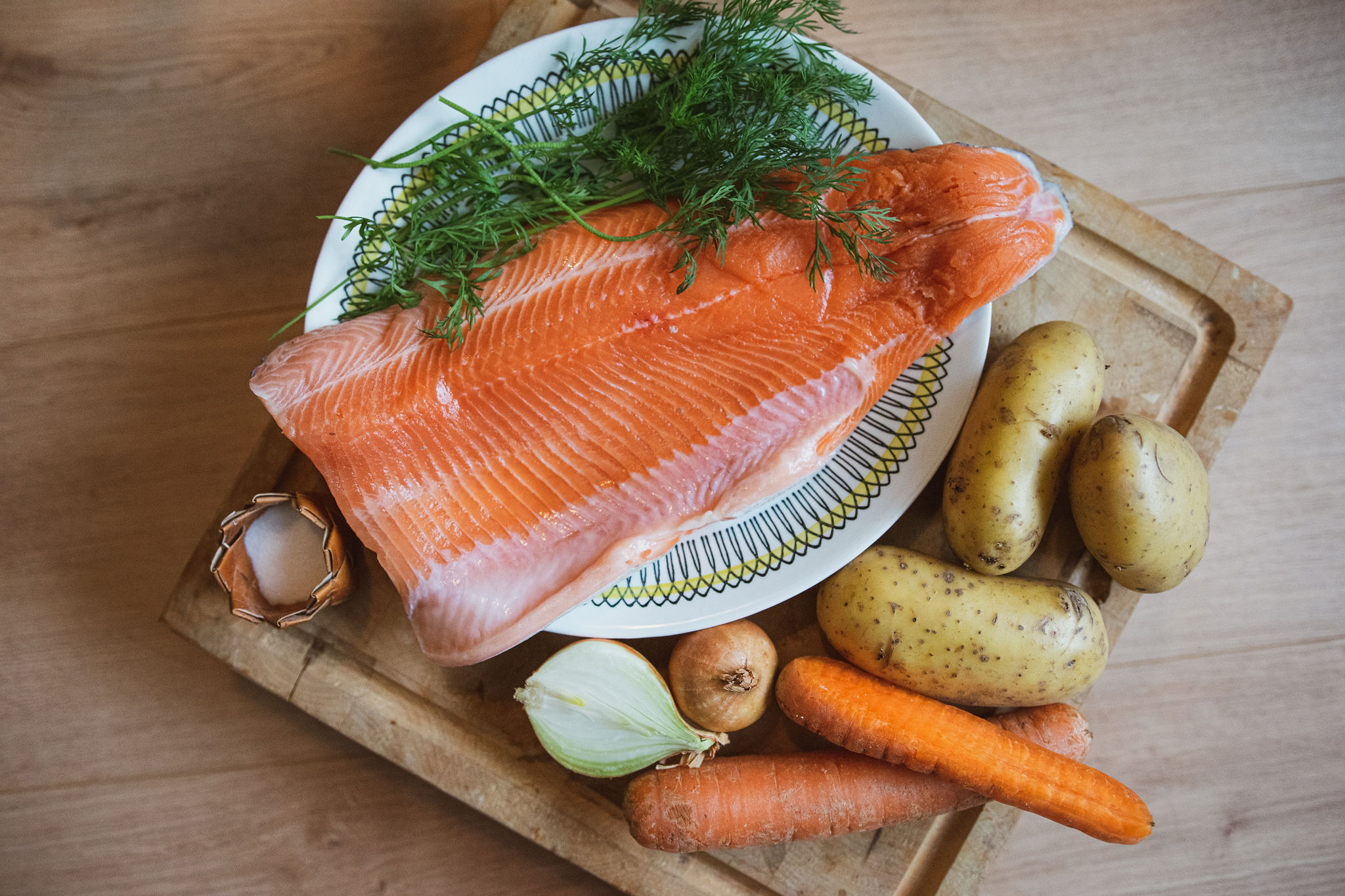Ingredients of traditional salmon soup recipe