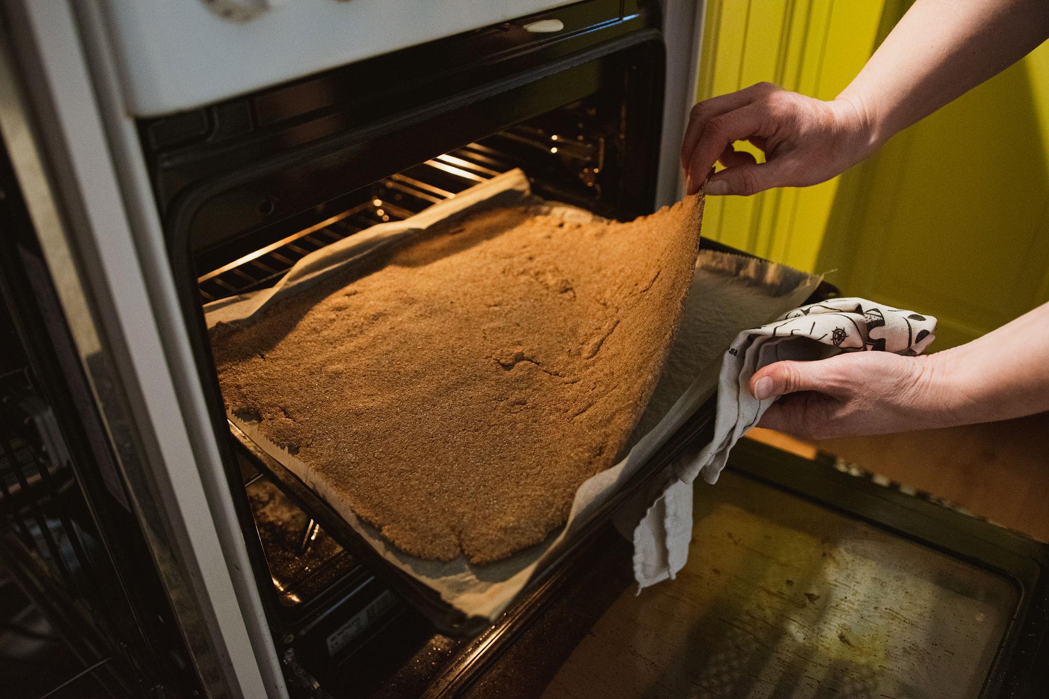 """Baking simple recipe of Finnish rye cracker, """"Näkkäri"""", in the oven"""