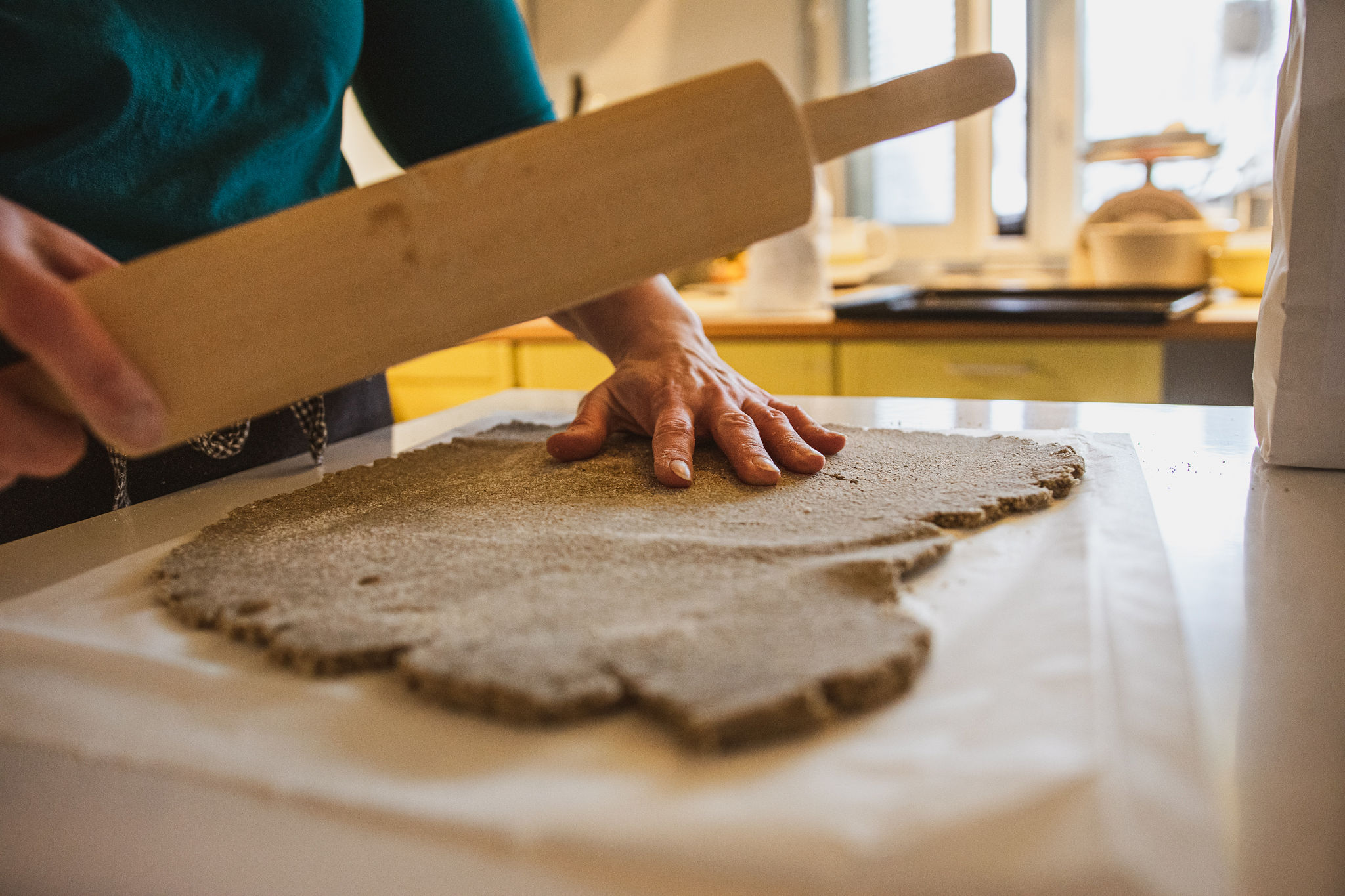 "Rolling the dough of simple recipe of Finnish rye cracker, ""Näkkäri"""