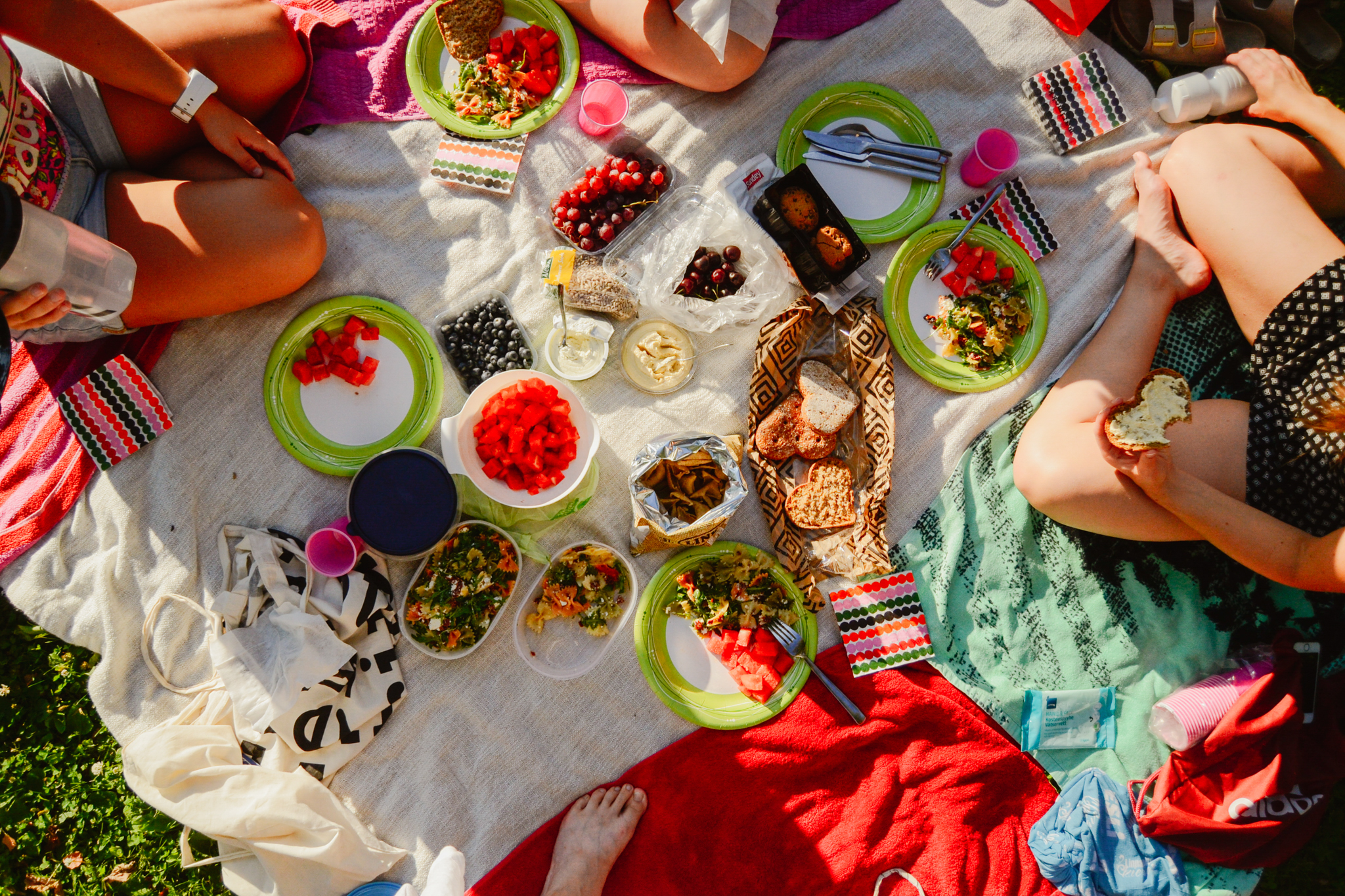 Finnish summer ways to connect with nature and yourself by having outdoor picnic with your friends